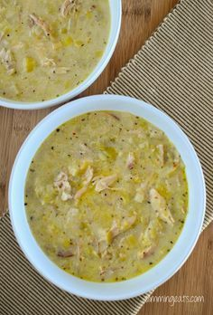 Delicious Creamy Chicken and Leek Soup! One of my favourite slow cooker recipes is from Nom Nom Paleo – it is a slow cooker chicken and gravy recipe and it's the best dish ever. My kids ladle up that (Paleo Slow Cooker Recipes) Slow Cooker Soup, Slow Cooker Recipes, Cooking Recipes, Healthy Recipes, Slow Cooking, Crockpot Meals, Soup Recipes Uk, Lunch Recipes, Cooking Tips