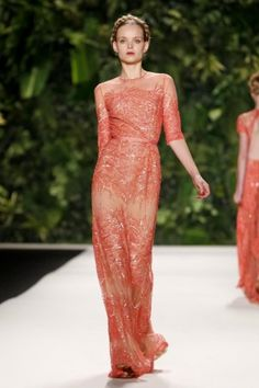 Naeem Khan Spring Summer Ready To Wear 2014 New York. I need a reason to wear this immediately.