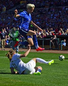Megan Rapinoe leaps over New Zealand defender Rebekah Stott April 4 2015 at Busch Stadium in St. Soccer Guys, Play Soccer, Soccer Stuff, Abby Wambach, Cycling Backpack, Busch Stadium, Megan Rapinoe, Cycling Gloves, Funny Slogans