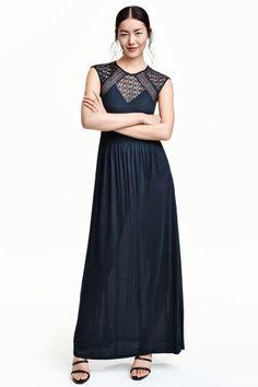Vestido largo con encaje   H&M