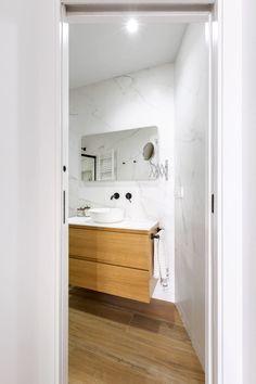 Double Vanity, Bathtub, Bathroom, Projects, Home Decor, Home Decor Styles, Modern Bathroom Design, White Marble Bathrooms, Wood Flooring