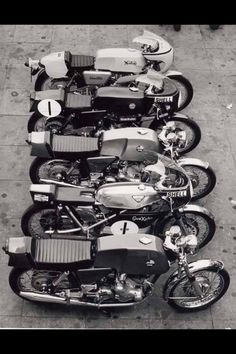 Line up of vintage motorcycles. Norton Motorcycle, Motorcycle Clubs, Cafe Racer Motorcycle, Motorcycle Design, British Motorcycles, Cool Motorcycles, Vintage Motorcycles, Gs 1200 Adventure, Norton Cafe Racer