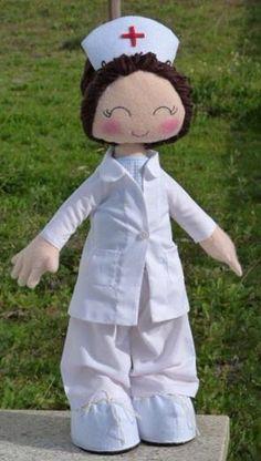 "Enfermeira ""LUCY"""