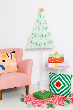 –Trendy Holiday DIY Accessories – Pegboard Christmas Tree Created by: Sugar & Cloth – – – A Modern Wooden Tree Advent Calendar Created by: Kailio Chic Life – – – Christmas Marquee Sign Using Ornaments Created by: DecoArt Blog – – – Card Display Created by: Brit.co – – – Colour Block Paper Mache Ornaments …