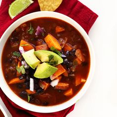 Easy, 5 ingredient chili with black beans, sweet potatoes, and loads of smoky tomato flavor from salsa! An easy, healthy and fast weeknight meal or make-ahead lunch.