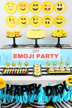 Oh, happy day!!! There's no denying, emojis are everywhere so why not celebrate anything and everything with an Emoji Party? Take a peek at this fun party plus party DIYs from @partyplanits