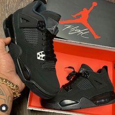 All Nike Shoes, Hype Shoes, Black Nike Shoes, Jordan Shoes Girls, Girls Shoes, Cute Sneakers, Shoes Sneakers, Jordan Black Cat, Jordan Shoes Black
