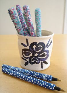 Want to do this with my crochet hooks. How to make polymer clay covered pens.