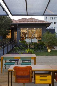 Loja Fernando Jaeger por SuperLimão Studio - http://www.galeriadaarquitetura.com.br/projeto/superlimao-studio_/loja-fernando-jaeger/754