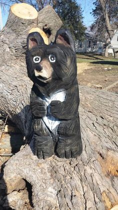 chainsaw bear by Carvings by Levi