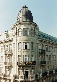 Vienna is an ideal way to experience the romance, history and beauty of Eastern Europe.