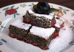 Recept na výborný jednoduchý osviežujúci koláčik. Ešte má rezervy ale chutil božsky. Sweet Pie, Sweet Cakes, Desert Recipes, Deserts, Food And Drink, Health Fitness, Sweets, Ale, Baking