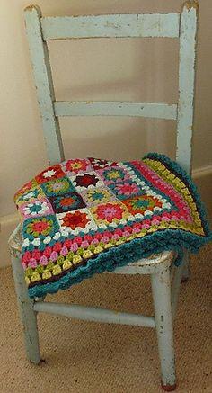 beautiful granny blanket.