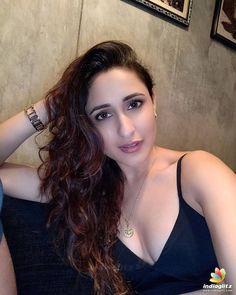 Indian Actress Hot Pics, South Indian Actress, Beautiful Indian Actress, Actress Photos, Beautiful Actresses, Bikini Pictures, Bikini Photos, Hot Actresses, Indian Actresses