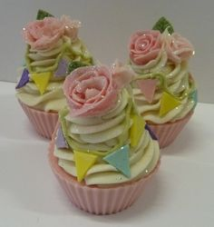 Beautiful floral cupcake soap from Puro Soaps.  Who knew soap could look so scrumptious?