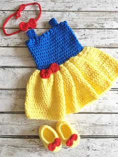 Snow White Costume, Crochet Baby Snow White Dress, Princess Snow White Outfit, Newborn Photo Prop, Baby Crochet Snow White Costume by on Etsy Crochet Princess, Baby Girl Crochet, Crochet Baby Clothes, Crochet Baby Outfits, Baby Snow White, Baby In Snow, Newborn Crochet Patterns, Baby Patterns, Snow White Outfits