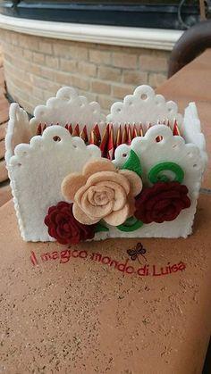 Diy Home Crafts, Craft Stick Crafts, Felt Crafts, Crafts For Kids, Big Shot, Felt Cake, Felt Decorations, Felt Fabric, Felt Flowers