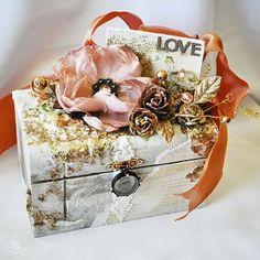 Romantic box-photo only