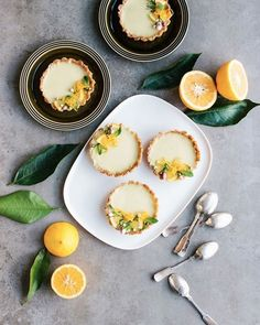 OMG look at these Vegan lemon tarts If someone would bake me these every day this is all I would eat! and recipe by @thebarefoothousewife #TMVeganFavorites