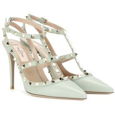Valentino Rockstud Leather Pumps (3,285 PEN) ❤ liked on Polyvore featuring shoes, pumps, heels, valentino, green, genuine leather shoes, green shoes, real leather shoes, valentino shoes and green pumps