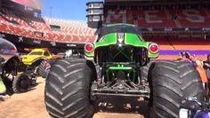 Monster Jam® es uno de los espectáculos más emocionantes para vivir en familia. Los trucks de Monster Jam®, de 4 metros alto y 5 toneladas, son los vehículos más grandes e impresionantes sobre 4 ruedas. Estas máquinas asombrosas ponen a los fans a sus pies compitiendo y destrozando una pista repleta de obstáculos, teniendo que […]