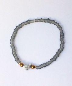 Armbänder - feines Armband mit Perlen und Edelsteinsplittern - ein Designerstück von von-Ela bei DaWanda
