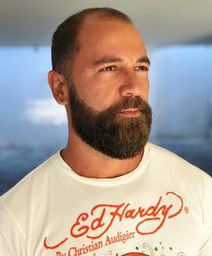Scruffy Men, Hairy Men, Bearded Men, French Beard Styles, Hair And Beard Styles, Great Beards, Awesome Beards, Shaved Head With Beard, Shaved Heads