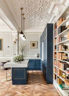 Cuisine - bleu - intérieur classique / Kitchen - Blue