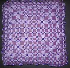 Create pretty Cushion covers using the Large Butterfly Loom. Create pretty Cushion covers using the Large Butterfly Loom. Pin Weaving, Loom Weaving, Butterfly Pattern, Butterfly Design, Loom Board, Loom Hats, How To Make Tassels, Loom Knitting Patterns, Knitting Ideas