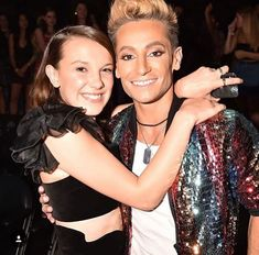 It looked like the starlet was having the time of her life on Monday as she posed up a storm on the carpet, laughing, sticking her tongue out, winking and blowing kisses at NYC Radio City Music Hall. Frankie Grande, Blowing Kisses, Radio City Music Hall, Millie Bobby Brown, Mtv, Stranger Things, Red Carpet, Sequin Skirt, Poses