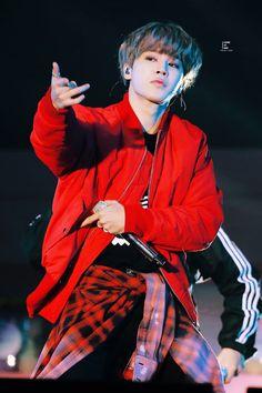 Park Jimin ☆ Performance ☆ BTS Muster `Happy Ever After` ☆ Credits by Look At Min Namjoon, Jungkook Jeon, Bts Bangtan Boy, Bts Boys, Hoseok, Taehyung, Jimin Hot, Park Ji Min, Busan