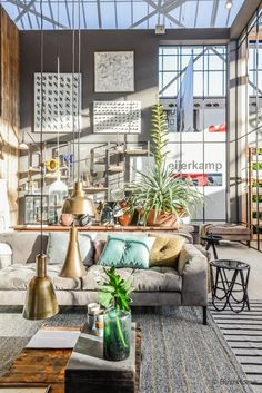 Inspiration from interior and exterior design. I select and post the interiors that make me want to live in that room. Images are not mine unless indicated. Living Room Nook, Living Room Interior, Living Rooms, Interior And Exterior, Interior Design, Room With Plants, Boho Room, Industrial Loft, Fashion Room