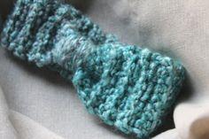 Torquoise earwarmer / newborn earwarmer / by knitsandwhatknots
