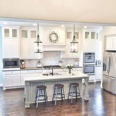 Kitchen Makeover 69 Top Built In Microwave Cabinet Inspirations For Beautiful Kitchen 1960s Kitchen, Kitchen Redo, Home Decor Kitchen, Vintage Kitchen, Home Kitchens, Kitchen Ideas, Condo Kitchen, Cheap Kitchen, White Kitchen Cabinets