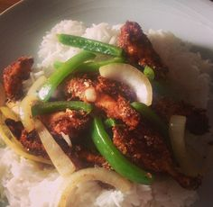 Another Chinese fakeaway that's well worth trying is this slimming world-friendly salt and chilli chicken. Just be careful to add the right amount of salt... I boobed the first time I made this, us...
