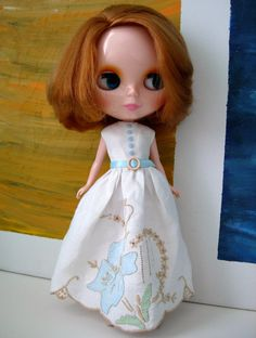 Blythe in vintage irish linen dress <3