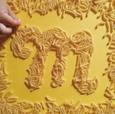 Dad Teaches Daughter The Alphabet By Shaping Letters Out Of Yummy Food - DesignTAXI.com