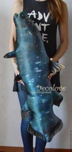 Подарки для мужчин, ручной работы. Огромная Рыба подушка Латимерия. Подарок мужчине на день рождения. ДекоПодушки (Надежда). Интернет-магазин Ярмарка Мастеров.