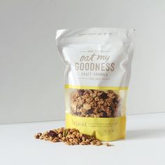 Oat My Goodness Granola ( curated by Copious Bags Popcorn Packaging, Spices Packaging, Organic Packaging, Bread Packaging, Cookie Packaging, Food Packaging Design, Sandwich Packaging, Packaging Ideas, Granola