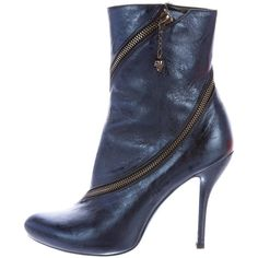Pre-owned McQ by Alexander McQueen Zip-Accented Metallic Ankle Boots ($180) ❤ liked on Polyvore featuring shoes, boots, ankle booties, blue, blue bootie, leather ankle bootie, leather ankle boots, leather booties and bootie boots