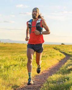 Mountain runner lighting up an early morning Boulder trail 📷 by Road Running, Trail Running, Mountain Fashion, Ultra Marathon, Cute White Boys, Running Inspiration, Athleisure Wear, Sweaty Betty, Bike Run