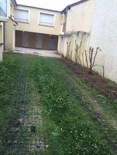 cours d'épinay avec parking individuelle au fond // TEXAS Bâtiment - texasbatiment@orange.fr - Tél 0622751527-0141810290