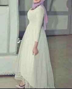 Pinterest:  @aalaaaatya ❤ Hijab Evening Dress, Hijab Dress Party, Evening Dresses, Girls Maxi Dresses, Modest Dresses, Cheap Dresses, Simple Long Dress, Simple Dresses, Nice Dresses