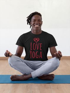#yoga #yogaposes #yogalifestyle #yogaforbeginners #yogateacher #yogaflow Manga, Geile T-shirts, Yoga Mom, Love Clothing, Yoga Everyday, Yoga Lifestyle, Black Power, Cool T Shirts, Men Shirts