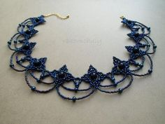Lovely pattern. I wonder how well this necklace would sit. I guess I'd have to try! Some of the seed bead sizes are not what you can commonly find here in the US | Beads Magic