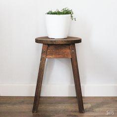 Revive old wooden furniture in 2 easy steps