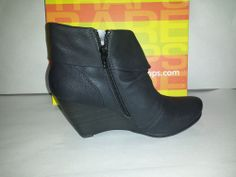 BareTraps Daphna Faux Leather Ankle Boots Womens Size 7.5M Black Wedge Shoes