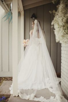 Style Me Pretty | GALLERY & INSPIRATION  Allie my veil looks like this one.