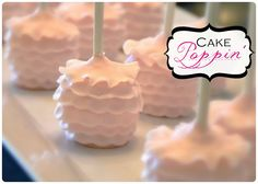 Pint Sized Baker: Ruffle Cake Pop Tutorial by Cake Poppin'