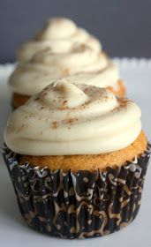 The Frustrated Cowgirl: Recipe Round-Up: Pumpkin Cupcakes with Maple Cream Cheese Frosting